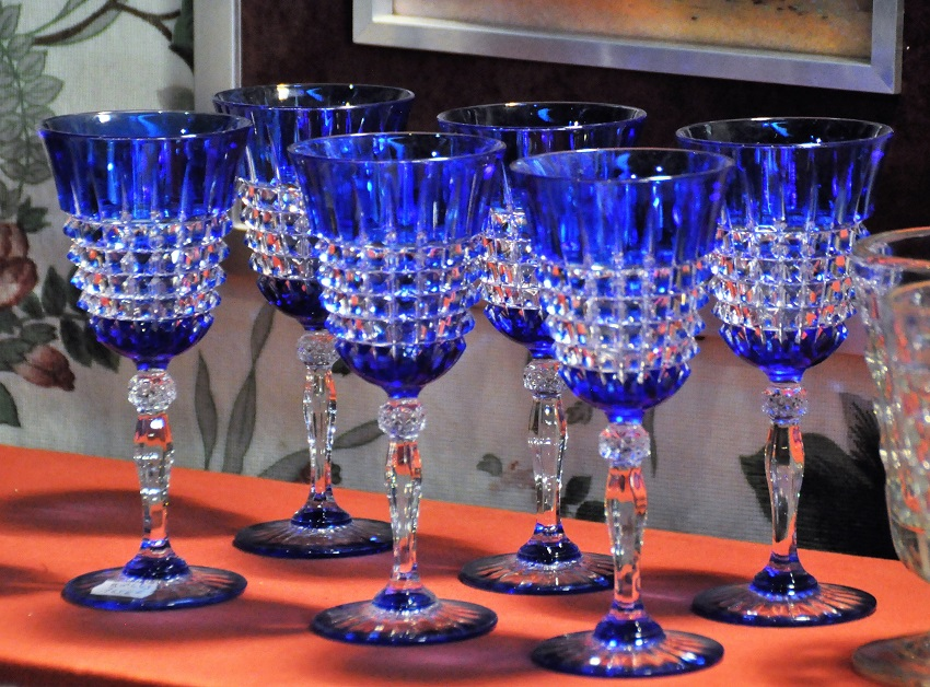 Salon Collection Passion 2017 - verres bleus ou bleu-vert au coin broc